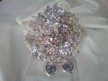 Rachel's brooch bouquet