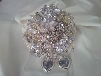 Rachel's brooch bouquet