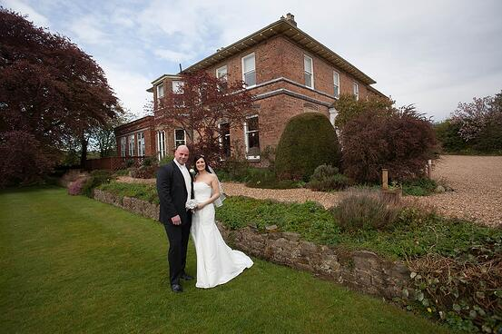 Shottle Hall was the perfect Derbyshire wedding venue for the pair