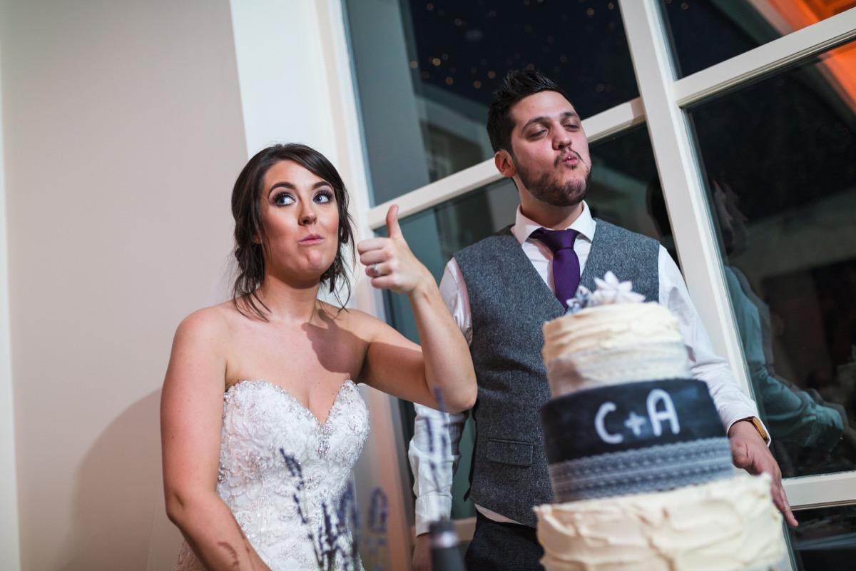 cutting the cake shottle