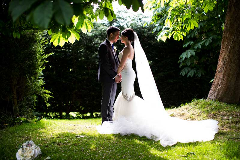 wedding-photos-in-the-gardens.jpg
